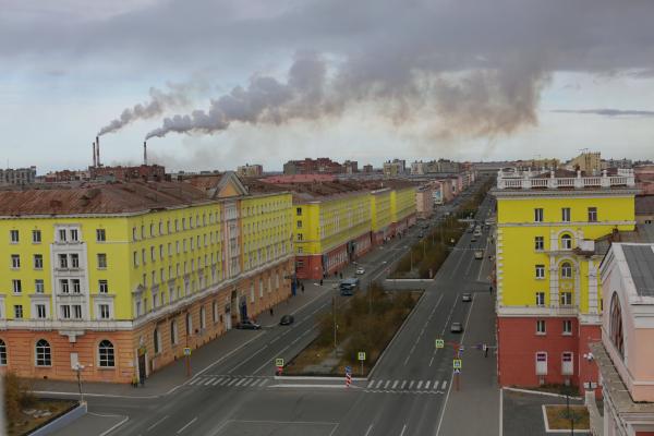 В этом году в Норильске завершат работы по ремонту фундаментов 55 жилых домов