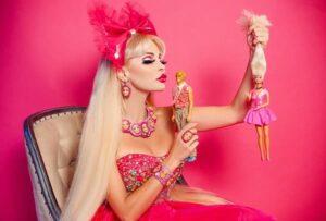 Таня Тузова использовала раритетных кукол для создания новой линии украшений